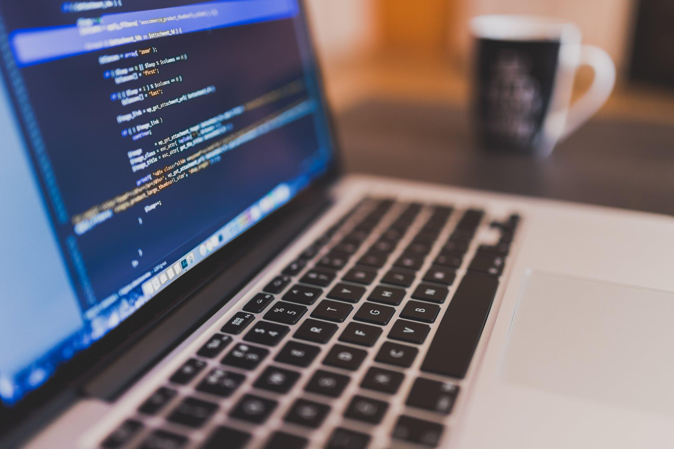 השוואת תוכנות מבוססות ענן לניהול העסק