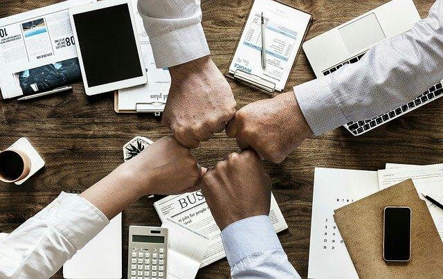 סדנאות העשרה למנהלים – גברים ונשים