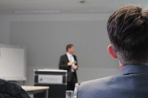 הרצאות להנהלות